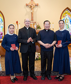 Sisters welcome novices